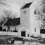 Postkort af Orø Kirke fra nordvest
