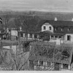 Orø Kro og Hellehuset set fra kirketårnet, postkort